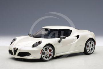 ALFA ROMEO 4C (fehér)